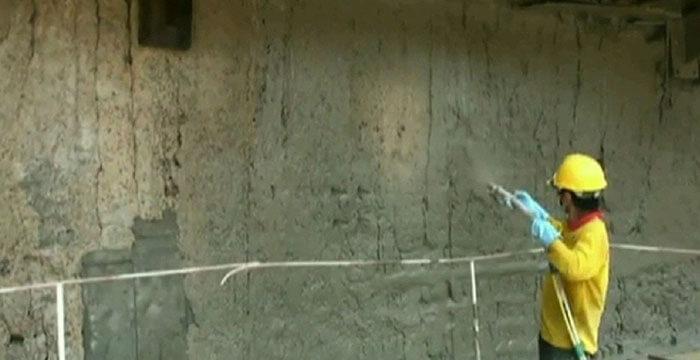 Quét xi măng chống thấm tường nhà
