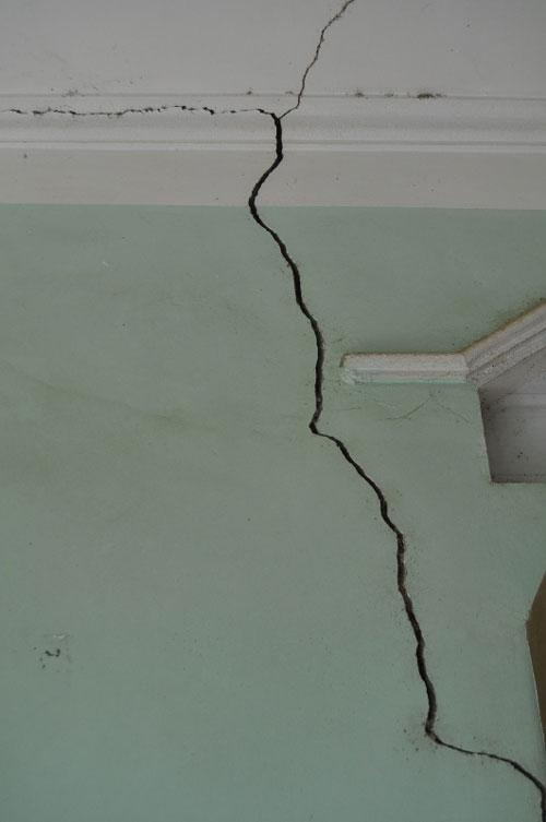Chống thấm nứt trần nhà