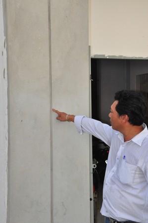 chống thấm tường giữa 2 nhà