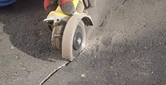xử lý vết nứt bê tông mặt đường