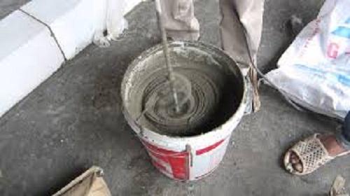 trộn dung dịch chống thấm