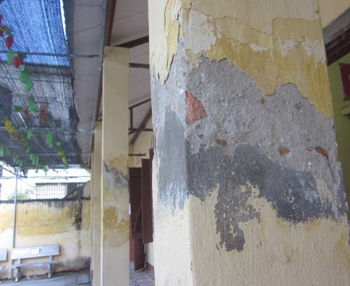 chống thấm dột tường nhà cũ