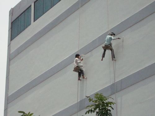 chống thấm tường nhà ngoài trời