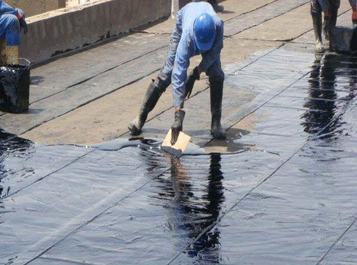 chống thấm sân thượng bằng nhựa đường tòa nhà