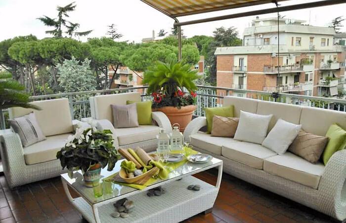 Phòng khách ngoài trời - gạch lát sân thượng chống thấm